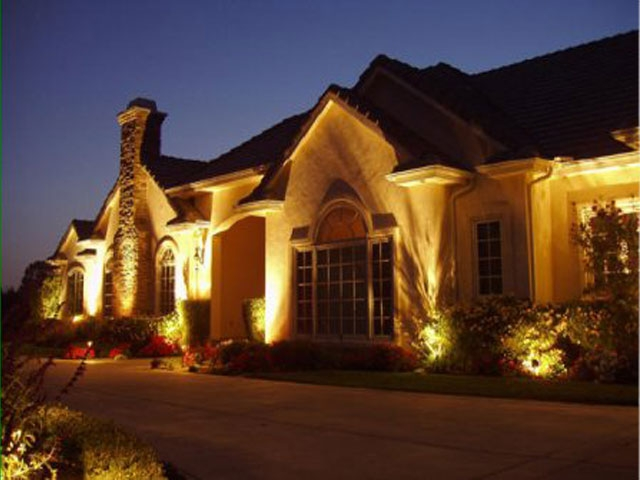 Personal Touch Landscape Outdoor Lighting 2