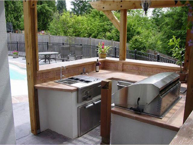 Personal Touch Landscape - Outdoor Kitchens 02