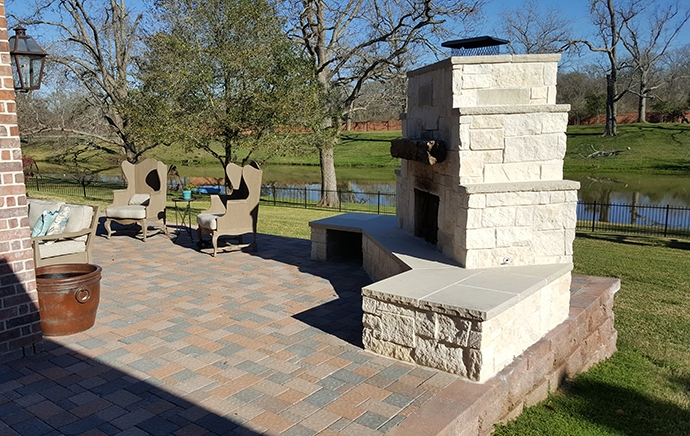 Personal-Touch-Landscape-c-3 - Outdoor Fireplace And Firepits