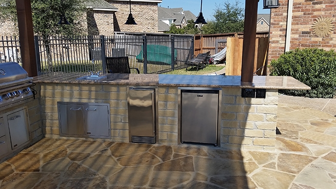 Personal-Touch-Landscape-Outdoor-Kitchen-c-7 - Photo Gallery – Outdoor Kitchens