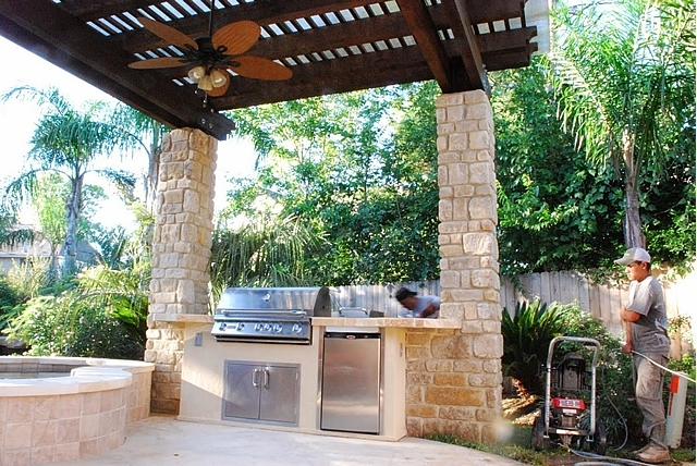 Personal Touch Landscape - Outdoor Kitchen 34