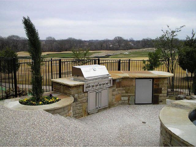 Personal Touch Landscape - Outdoor Kitchen 01