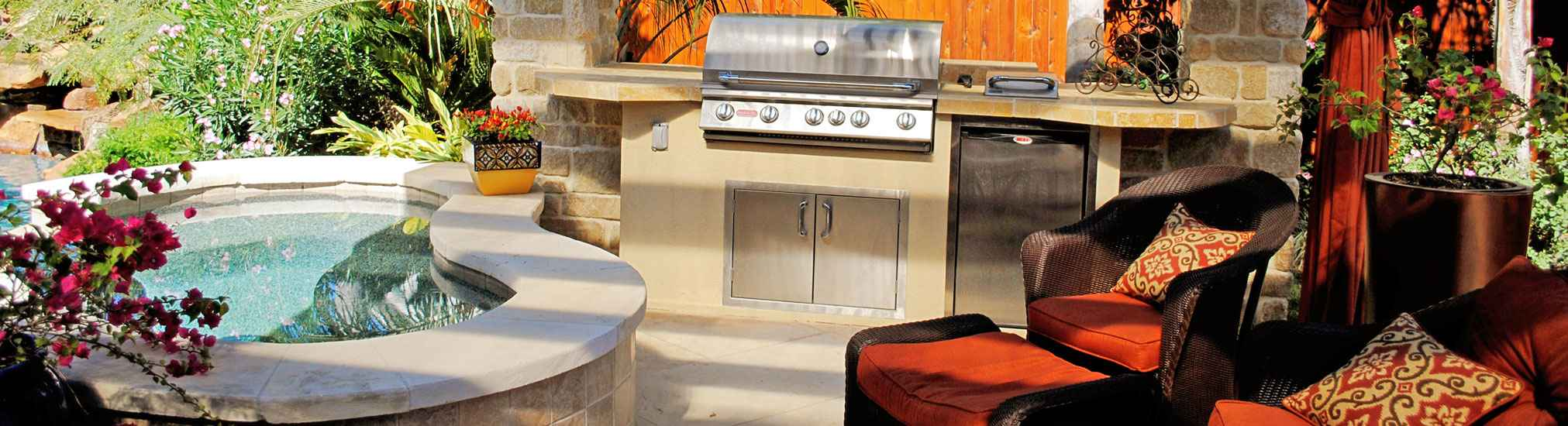 Katy Landscape and Outdoor Kitchen Photo